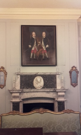 Gosnall Twins, Christchurch Mansion